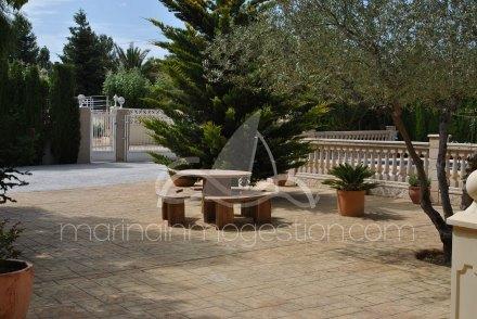 Chalet independiente, Situado en Tibi Alicante 4