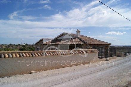 Chalet independiente, Situado en Albatera Alicante 2