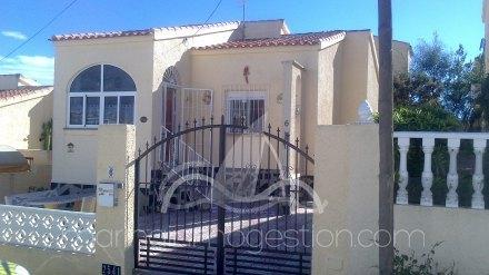 Chalet independiente, Situado en San Fulgencio Alicante 27