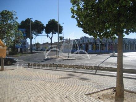 Local comercial, Situado enElcheAlicante 20
