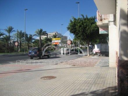 Local comercial, Situado enElcheAlicante 3