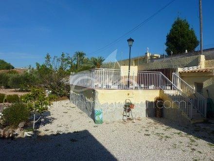 Chalet independiente, Situado en San Fulgencio Alicante 32