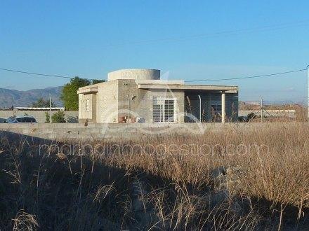 Chalet independiente, Situado en Callosa de Segura Alicante 2