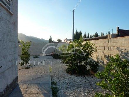 Chalet independiente, Situado en Callosa de Segura Alicante 16