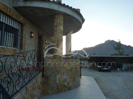 Chalet independiente, Situado en Callosa de Segura Alicante 18