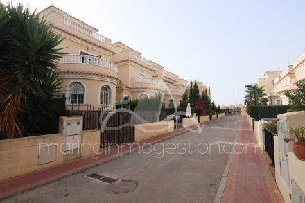 Chalet, Situado en San Fulgencio Alicante 30