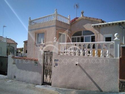 Chalet independiente, Situado en San Fulgencio Alicante 20