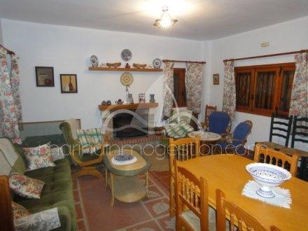 Chalet independiente, Situado en Hondón de los Frailes Alicante 5