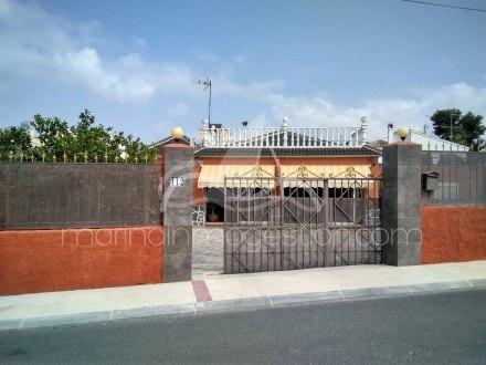Chalet independiente, Situado en San Fulgencio Alicante 26