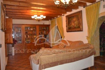 Bungalow, Situado en Dolores Alicante 14