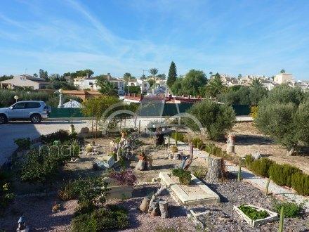 Chalet independiente, Situado en San Fulgencio Alicante 35