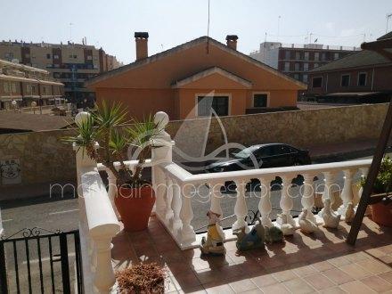 Chalet, Situado en Guardamar del Segura Alicante 1